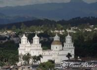 Basilica de Esquipulas - foto por Oscar Rodas