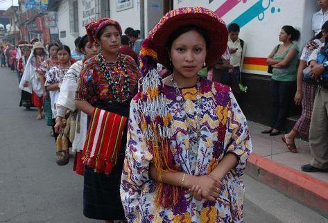 festival folklorico nacional 1 - Elección de Rabín Ajaw, La Hija del Rey – La Reina Indígena Nacional