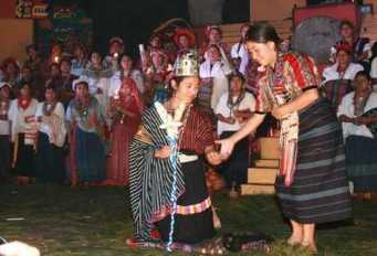 festival folklorico nacional 3 - Elección de Rabín Ajaw, La Hija del Rey – La Reina Indígena Nacional