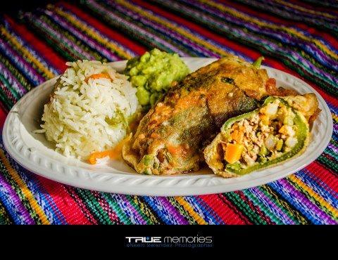 Chiles Rellenos foto por True Memories - Galería - Fotos de la Gastronomía Guatemalteca