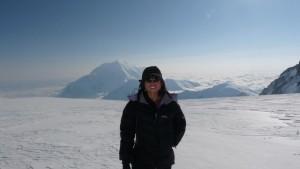 Guatemala en el centenario del descubrimiento del Polo Sur. Fotografía Andrea Cardona. 300x169 - Andrea Cardona, alpinista