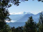 Vista desde volcan Zunil lago de Atitlán volcan San Pedro y volcan Toliman y a la derecha volcan Atitlan mas atras volcan de Fuego y Acatenango foto por Silke Möckel SUPER - Galería  - Fotos de Volcanes en Guatemala