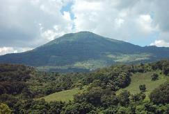 Volcan Jumaytepeque, Santa Rosa, foto por hastalacumbre.com