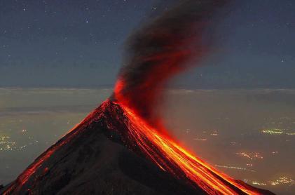 Volcán de fuego - Ricky Lopez Bruni