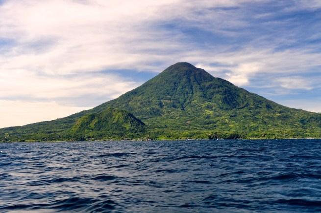 Volcanes del lago de Atitlan Carlos R Martinez SUPER - Proyecto Lancha Azul - Una Iniciativa para la Preservación del Lago de Atitlán