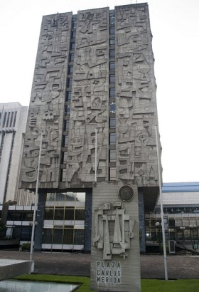 ciudad de guatemala plaza carlos merida josue goge - El origen del edificio del Banco de Guatemala