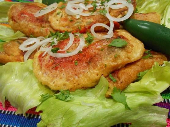 comida Chiles Rellenos foto por Irasema Mont e1375486432195 - Galería - Fotos de la Gastronomía Guatemalteca
