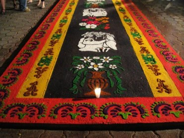 Alfombras de Semana Santa 7. fot por Lilian Contreras. - Galería - Fotos de las Tradicionales Alfombras de la Cuaresma y Semana Santa