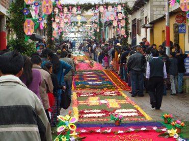 Foto por Werner Sincal Semana Santa en Guatemala Patzun Chimaltenango - Galería - Fotos de las Tradicionales Alfombras de la Cuaresma y Semana Santa