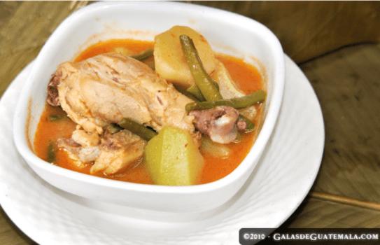 pulique - Recetas de Comida Chapina - Pulique, Gallo en Chicha y Chancletas