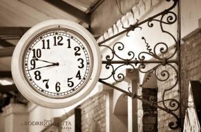 El reloj de la antigua estacion del ferrocarril en Guatemala foto por Rodrigo Motta - Galería – Fotos del Ferrocarril de Antaño en Guatemala