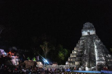 Baktun 13, celebracion en Tikal - foto por Maynor Marino Mijangos