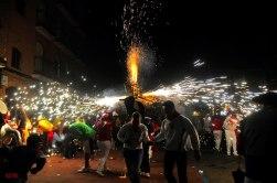 Santa Elena Barillas Quema de Toritos el 15 de Enero foto por Alan Alas - Tradiciones de Guatemala