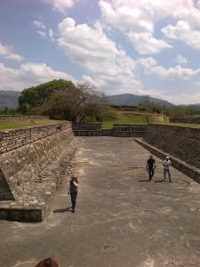 10042012692 225x300 - Guía Turística - Mixco Viejo