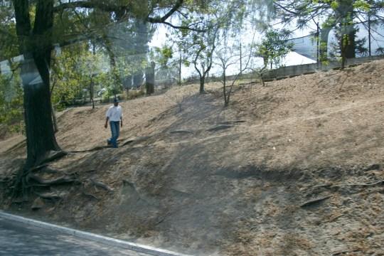 Montículo la Culebra inicio cerca de Tecún Umán Fotografía tomada de internet - Montículo la Culebra y Acueducto de Pinula