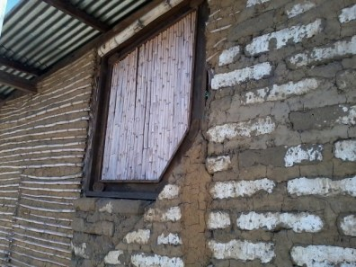 El maíz es utilizado hasta en la construcción de casas - Guía Turística - San Juan La Laguna, Sololá