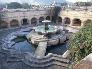 Foto 5 300x225 - Iglesia La Merced y su sitio arqueológico el Convento de La Merced en La Antigua Guatemala