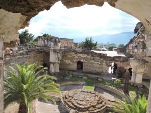 DSCN0733 300x225 - Hermano Pedro - su historia, museo y sitio arqueológico