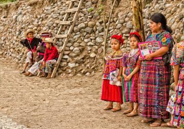 Trajes tipicos en Guatemala foto por Carlos Villegas - Los coloridos trajes indígenas de Guatemala