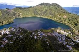 Laguna Calderas en el volcan de Pacaya - foto por Mario Mejia