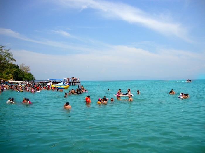 Playa El Paraiso Izabal Carlos Jose Tzub Garcia - ¿Donde disfrutar del verano en Guatemala?