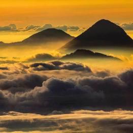Volcán Santa Maria visto desde el volcán Tajumulco - foto por Edgardo Cumez de Pasion Fotografica