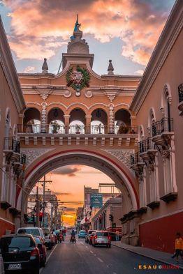 antiguo edificio de correos y telegrafos ciudad de guatemala 2 foto por esau beltran marcos - Galeria de Fotos de Guatemala por Esaú Beltrán Marcos