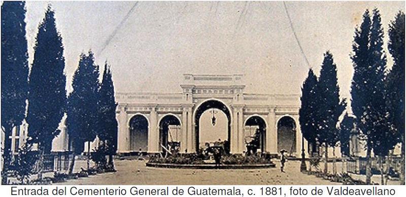 Recuerdos - Cementerio General - entrada 1881