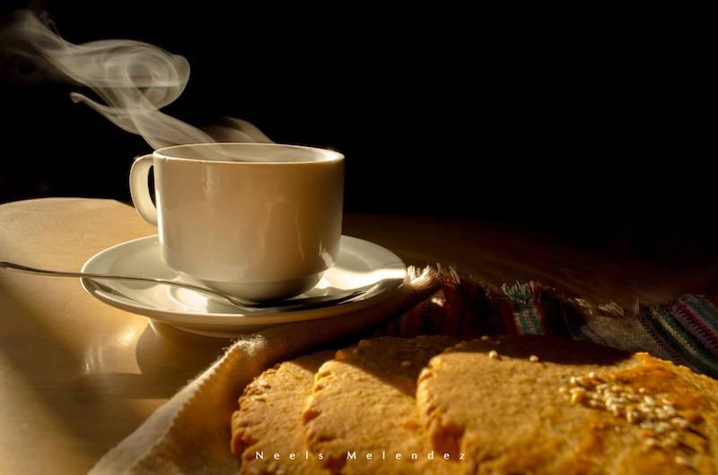 comida Cafe y champurradas foto por Neels Melendez de True Memories photography - 19 platos que debes probar en Guatemala