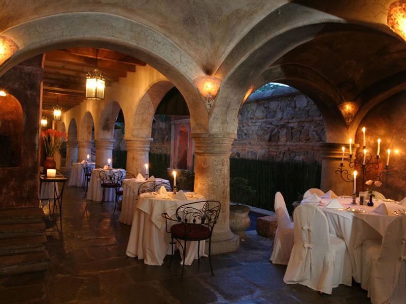 dining4 - 5 lugares para comer y beber en el lago de Atitlán y La Antigua Guatemala