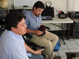 foto4 por g balcarcel 1 - Dieresis: El dúo que hace música con juguetes