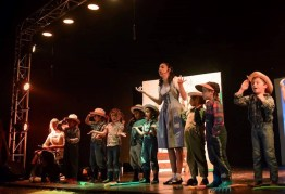 1511368 641758389207396 478155776 n - Alumnos de Antigua International School presentan obra teatral