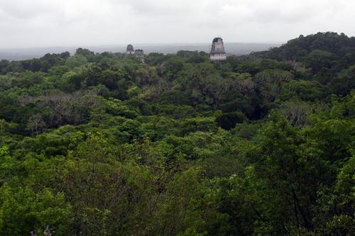 mirador de la serpiente bicefala - 8 Miradores en Guatemala