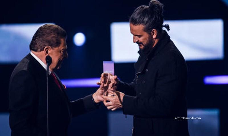 Ricardo Arjona gana Premio Billboard