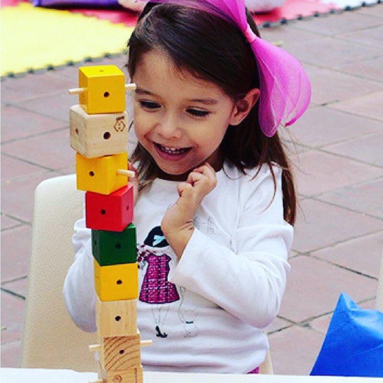15940701 1375641899115435 2120370924262290407 n - Cubocú Toys, innovación guatemalteca