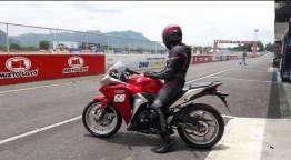 "foto 1 rocio aguilar - Perla Aguilar: ""Mi meta es representar a Guatemala en motociclismo"""
