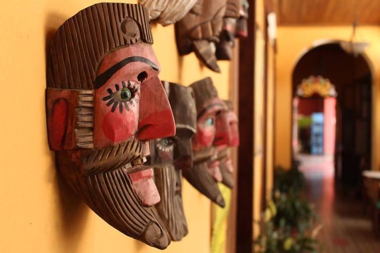 casa de cervantes 768x512 - 10 Centros Culturales de Guatemala