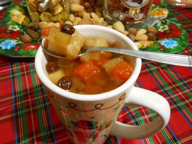 comida ponche de frutas foto por iraseman mont - Entre aromas, colores y sabores de la Navidad
