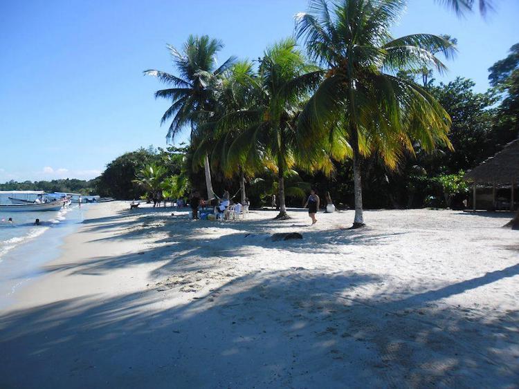 playa blanca izabal foto por yuri contreras - 10 Playas de Guatemala que debes visitar