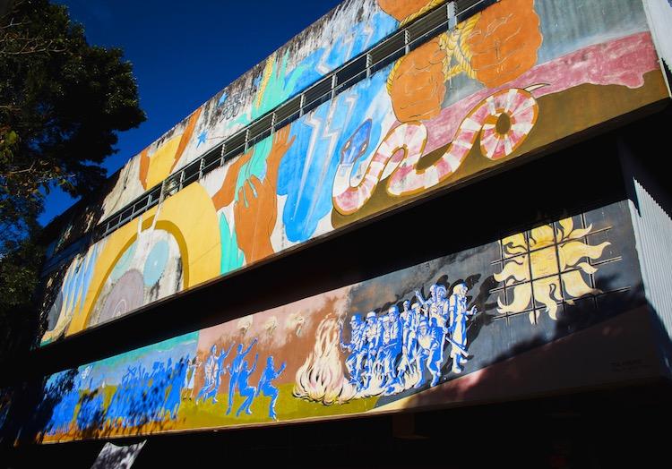 1 bienestar estudiantil priime americana - Murales que cuentan la historia del país