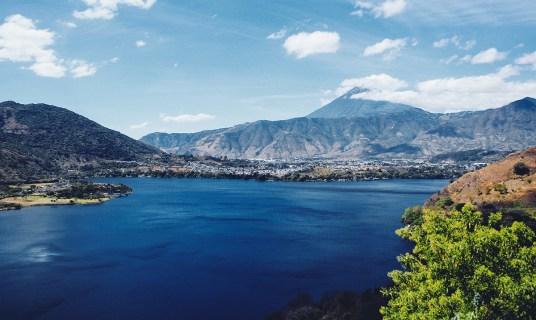 Un recorrido por el Paseo del Lago Amatitlán