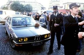 JACQUES MESRINE IS SHOT BY POLICE IN PORTE DE CLIGNANCOURT, PARIS, FRANCE - 02 NOV 1979