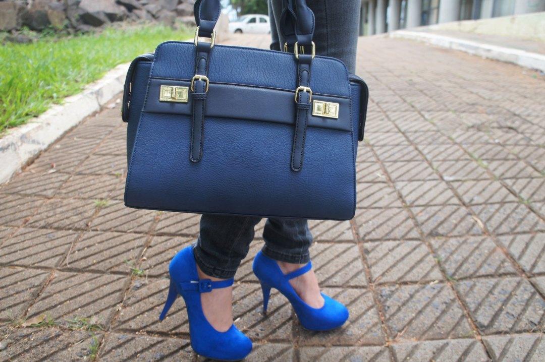 Bolsa e Sapato Azul
