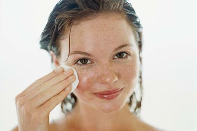 como clarear manchas no rosto 300x200 - Creme para clarear o rosto tenha pele sem manchas