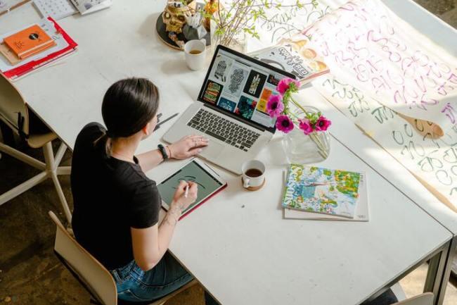 como ganhar dinheiro no pinterest 300x200 - Curso Pinterest Online com Tatiane Faria