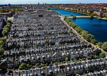 Foto gump do dia: Casas da rua de batata em Copenhagen