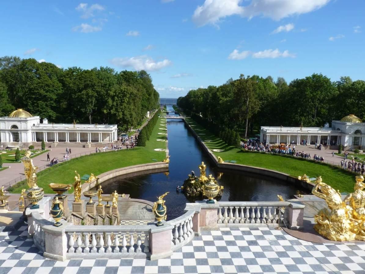 Peterhof sem água 02 São Petersburgo Rússia Mundo Indefinido