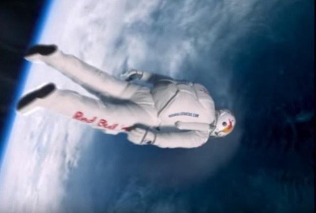 Incrível Salto Espacial da Estratosfera