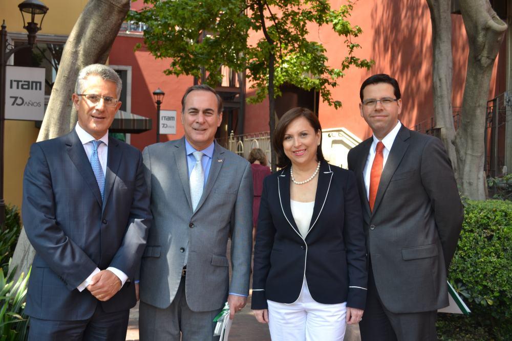 Dr. Alejandro Hernández, Juan Pablo Castañón, Senadora Cristina Díaz, Dr. Francisco Pérez-González. FOTO: ITAM