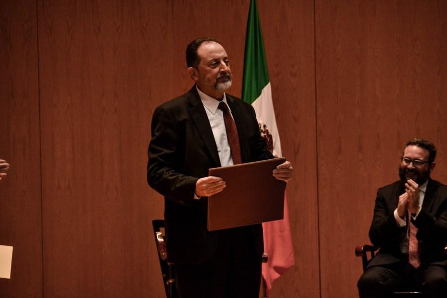 El Mtro. Antonio Jesús Díez Quesada en la ceremonia de nombramiento de profesores eméritos. FOTO: ITAM